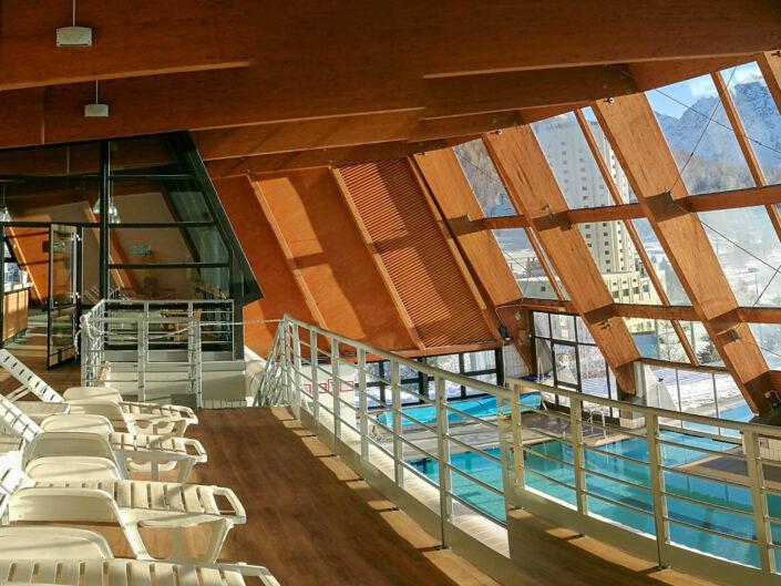 Solarium e interno piscina Sestriere Inverno